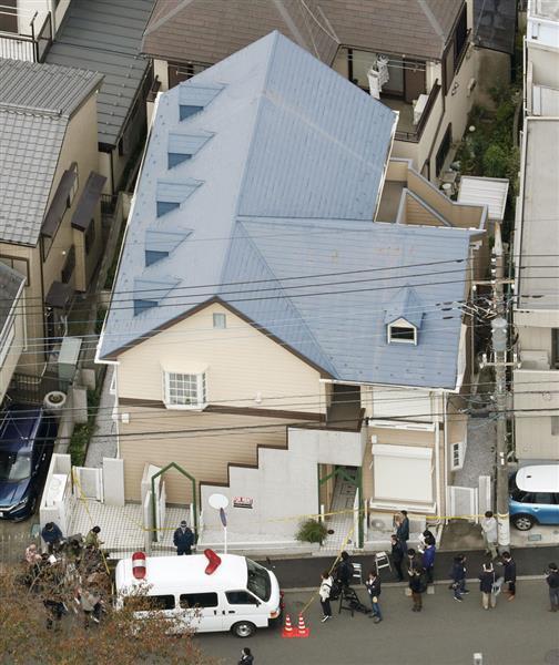 複数の切断遺体が見つかった神奈川県座間市のアパート=31日午前(共同通信社ヘリから)