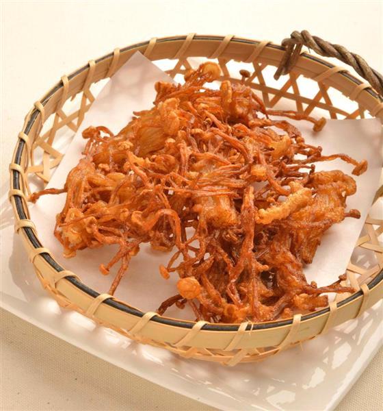 【瞬速おつまみ】カリカリに揚がったうま味の塊「エノキダケの唐揚げ」