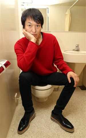zakzakPRサブナビゲーション記事詳細【ぴいぷる】千原ジュニア、個室トイレで膨らむ笑いのコスモ 先輩・松本人志へ「バイタリティーすごい」 (2/3ページ)PRPRPRPRZAKスペシャルPR芸能ランキングPRPRPR