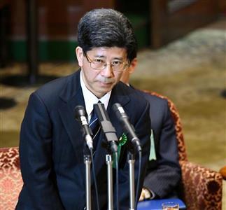 佐川氏は証人喚問で「政治の関与」を否定した=27日、国会