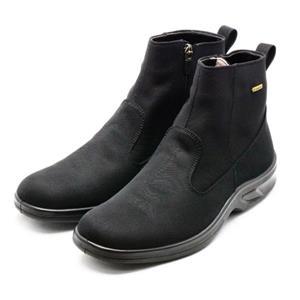 梅雨に最適!蒸れにくく爽やかなブーツ