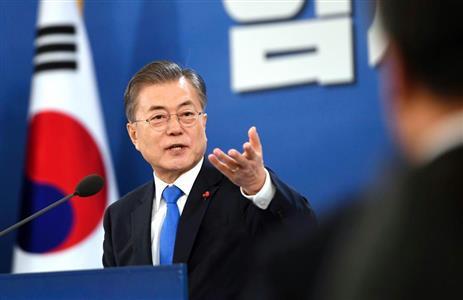 日本に「謙虚」求める文大統領の厚顔