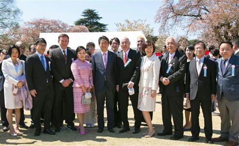 「桜を見る会」揶揄した東京新聞の主張