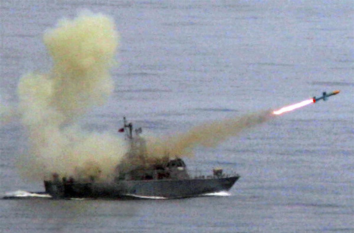 台湾の防空識別圏に侵入したとされるY8対潜哨戒機の同型機(ロイター)