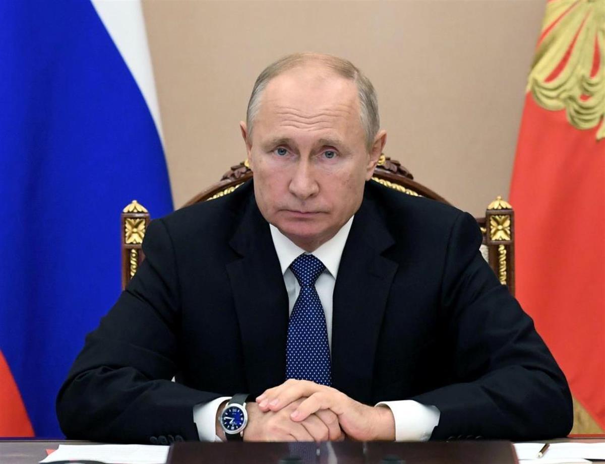 病 プーチン パーキンソン