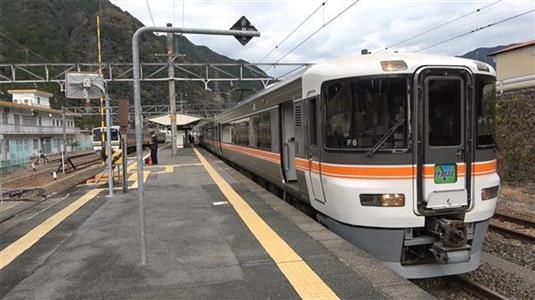 乗るだけで冒険!飯田線特急「伊那路」