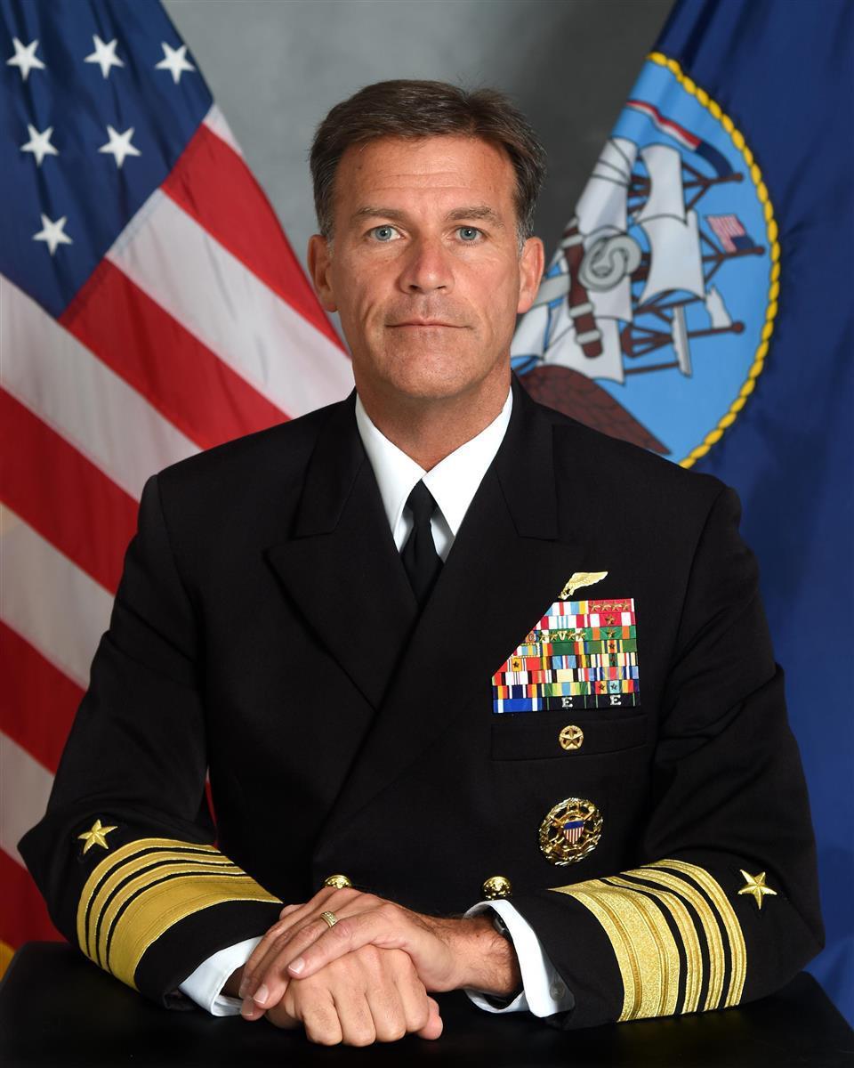 習主席率いる中国への懸念を示したアキリーノ司令官(米海軍提供)