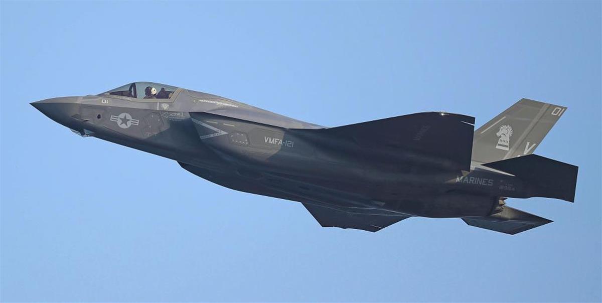 日本はF35Bの配備で対抗する