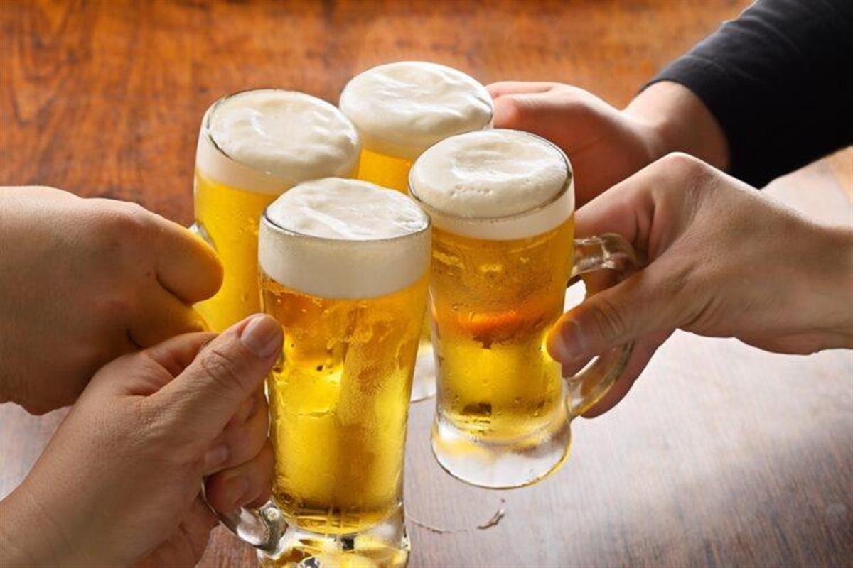 厚労省の役人はなぜ大人数飲み会を開いてしまったのか