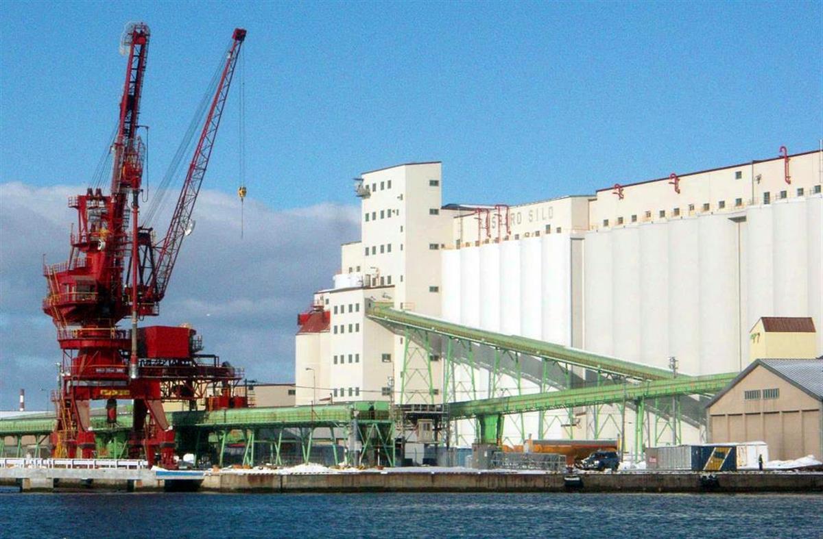 中国が狙う北海道・釧路港