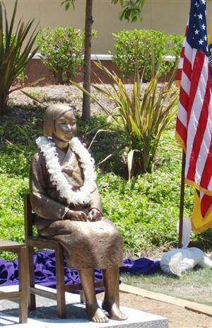 米カリフォルニア州に設置された慰安婦像