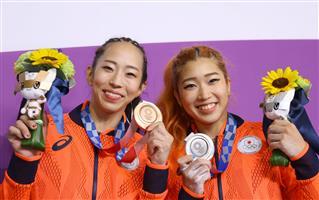 ライバルと切磋琢磨 スポーツクライミング女子複合「銀」野中生萌、「銅」野口啓代