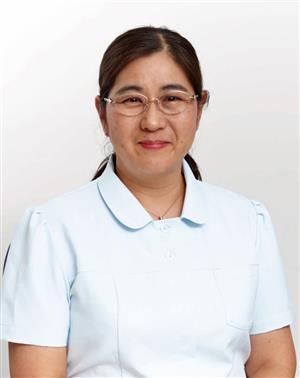 フリーランスで30を超えるクリニックに勤務 歯科衛生士・沢口由美子さん