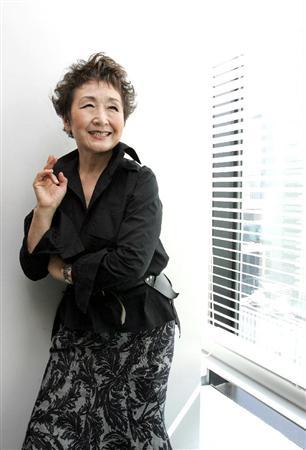 加藤登紀子の画像 p1_23